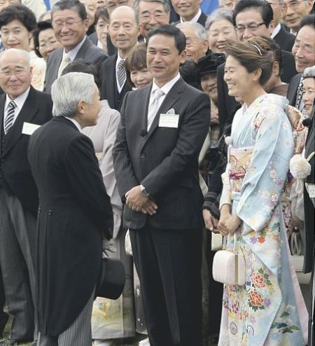 Japanese Emperor, Coach Sasaki, and Captain Sawa